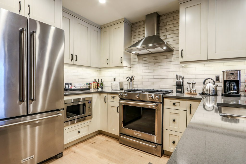 full kitchen with appliances in #109 White Spruce Lodge