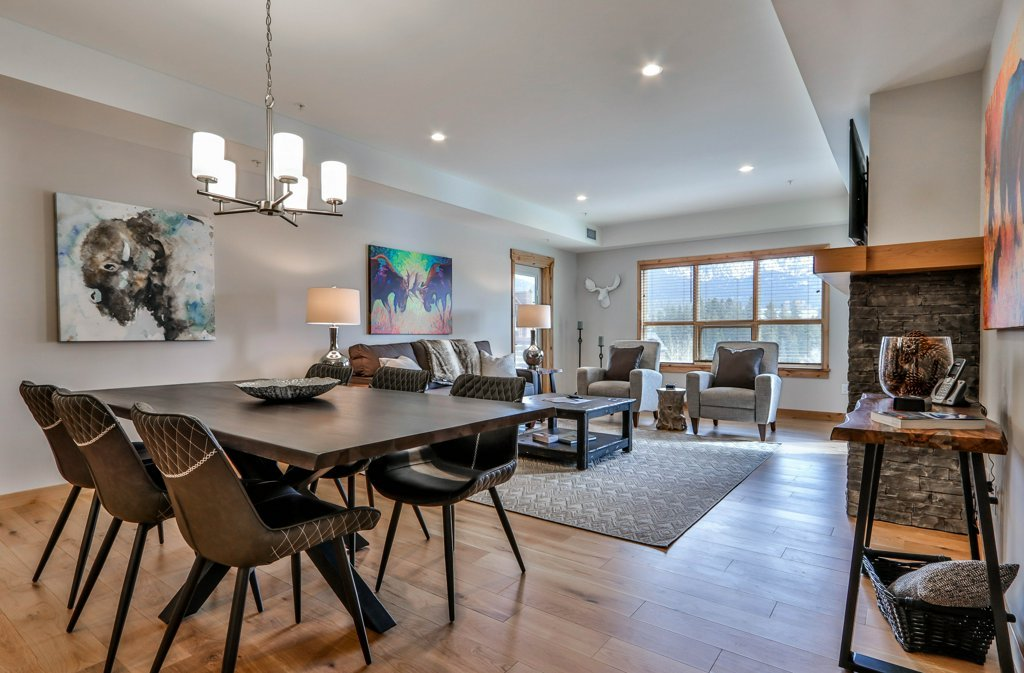 living room and dining table in #301 White Spruce Lodge