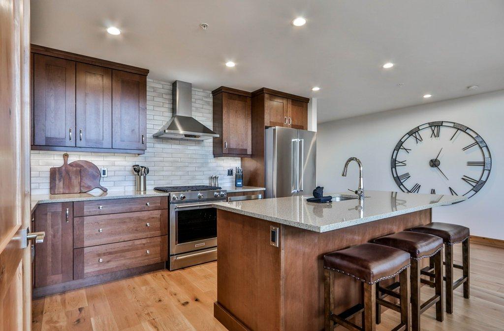 kitchen at #309 White Spruce Lodge